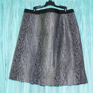 Ann Taylor Skirt Gray with Black Lines 14